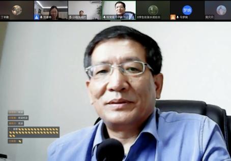 校党委副书记王冰参加文化传媒学院2021级汉语言文学专业新学期第